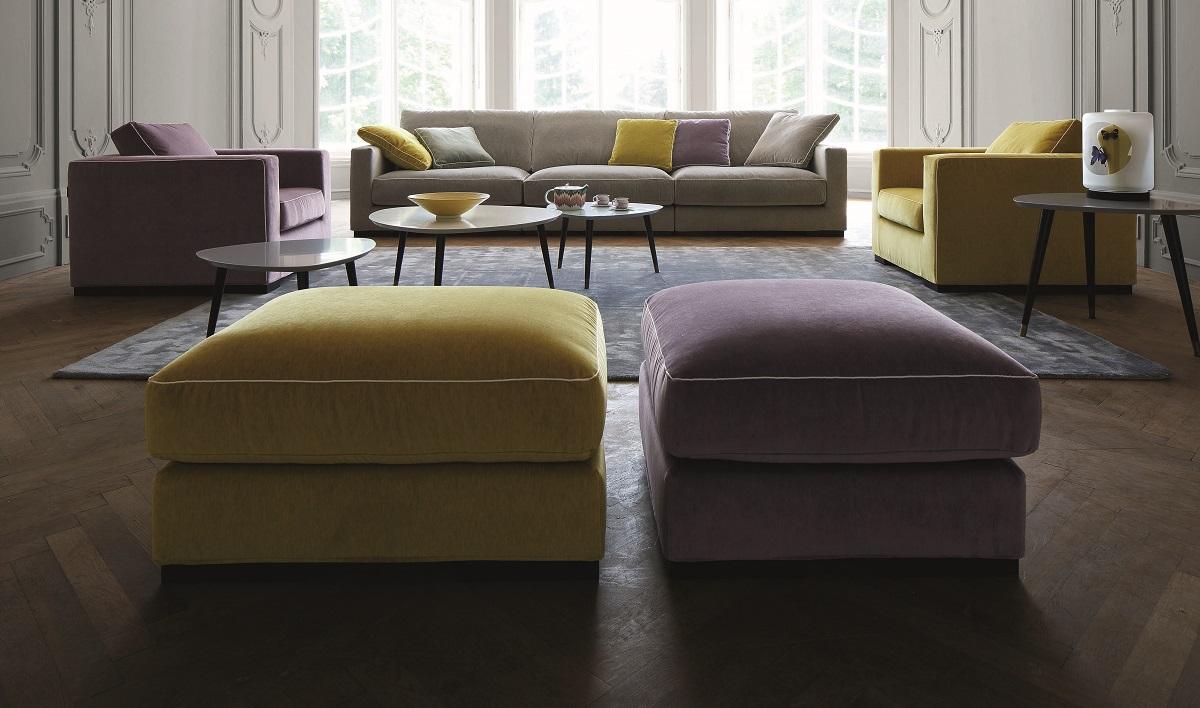 סלון יוקרתי: ספת long island, שתי כורסאות ושתי הדומים בצבעים סגול וצהוב